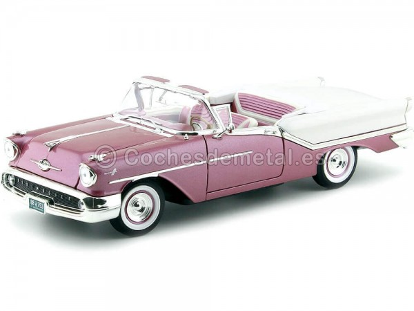 1957 Oldsmobile Super 88 Convertible Violeta-Blanco 1:18 Lucky Diecast 92758 Cochesdemetal.es