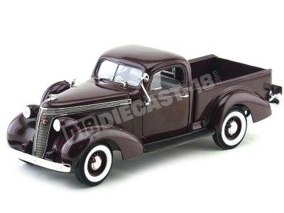 1937 Studebaker Coupe Espress Pick Up Violeta 1:18 Lucky Diecast 92458 Cochesdemetal.es