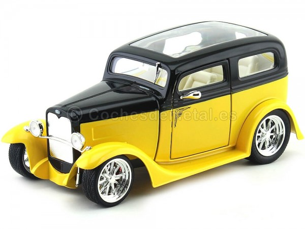 1931 Ford Model A Sedan Amarillo-Negro 1:18 Lucky Diecast 92848 Cochesdemetal.es