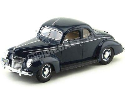 1939 Ford Deluxe Tudor Coupé Azul Marino 1:18 Maisto 31180 Cochesdemetal.es