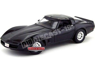 1982 Chevrolet Corvette Coupe Negro 1:18 Welly 12546 Cochesdemetal.es
