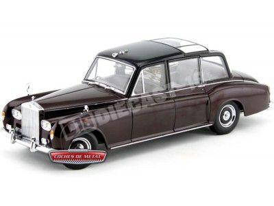 """1968 Rolls-Royce Phantom VI """"Queen Elizabeth Edition"""" 1:18 Dealer Edition"""