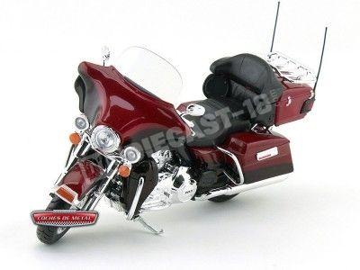 2013 Harley-Davidson FLHTK Electra Glide Ultra Roja 1:12 Maisto 32323 HD03 Cochesdemetal.es