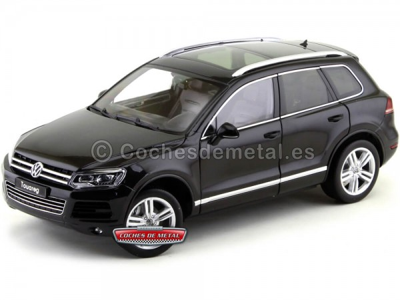 2012 Volkswagen Touareg V6 TSI Negro 1:18 GT Autos 11005 Cochesdemetal.es