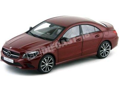 2013 Mercedes-Benz Clase CLA C117 Granate 1:18 Norev B66960131 Cochesdemetal.es
