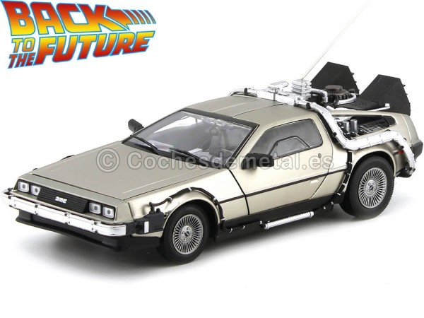 "1985 DeLorean DMC 12 ""Regreso al Futuro I"" 1:18 Sun Star 2711 Cochesdemetal.es"