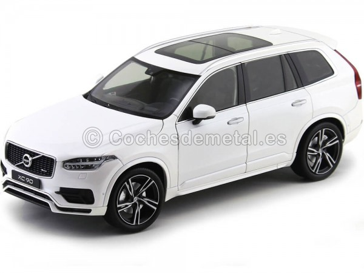 2015 Volvo XC90 T8 Blanco Metalizado 1:18 GT Autos 11009 Cochesdemetal.es