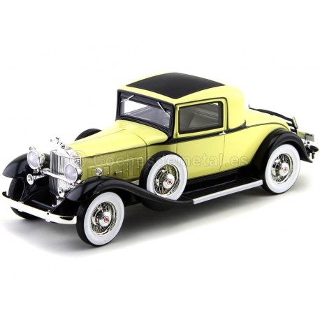 1932 Packard 902 Standard Eight Coupe Amarillo 1:18 BoS-Models 276 Cochesdemetal.es