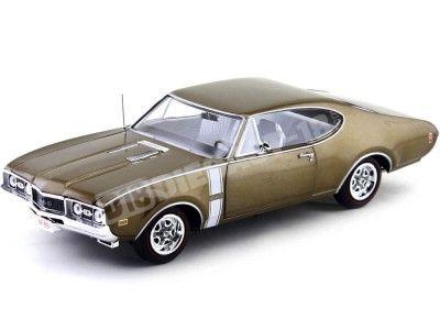 1968 Oldsmobile Cutlass 442 W-30 Cinnamon Bronze Poly 1:18 Auto World AMM1084 Cochesdemetal.es