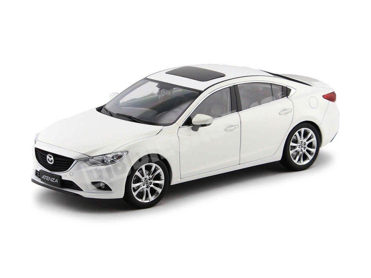 2015 Mazda 6 Sedan Atenza Blanco 1:18 Dorlop 1004W Cochesdemetal.es
