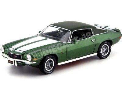 1970 Chevrolet Camaro Z28 Metallic Green 1:18 Auto World AMM1095 Cochesdemetal.es