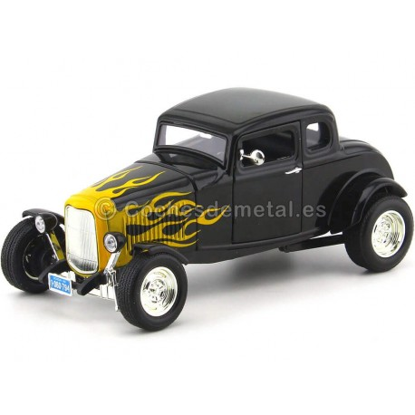 1932 Ford Five-Window Coupe Negro con Llamas 1:18 Motor Max 73171 Cochesdemetal.es