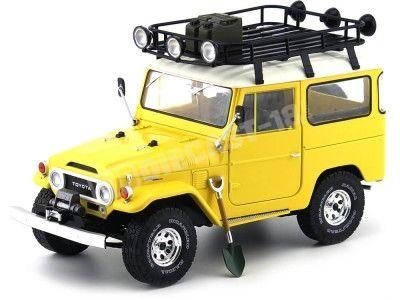 1967 Toyota Land Cruiser FJ40 Yellow 1:18 Triple-9 1800151 Cochesdemetal.es