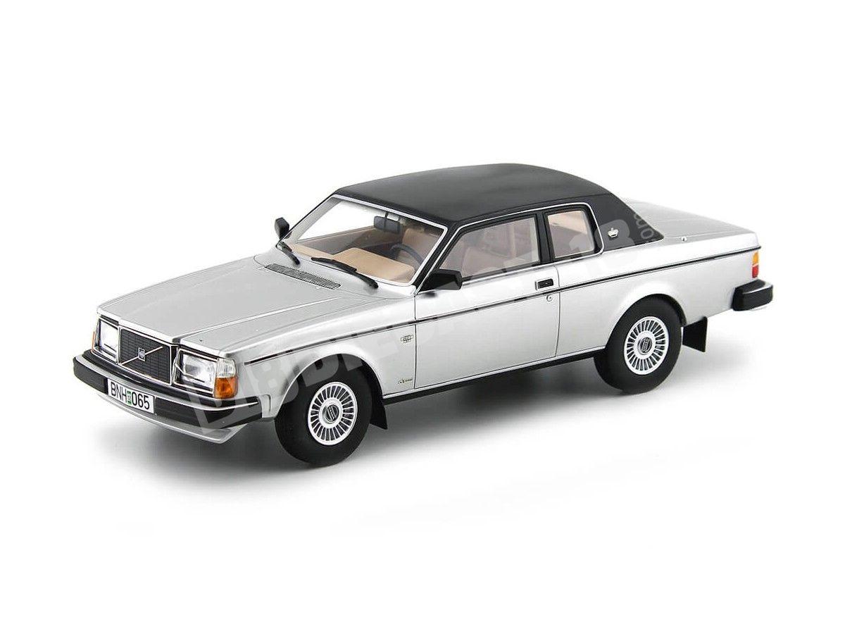 1981 Volvo 262C Coupe Bertone Silver Metallic 1:18 Cult Scale Models CML022 Cochesdemetal.es
