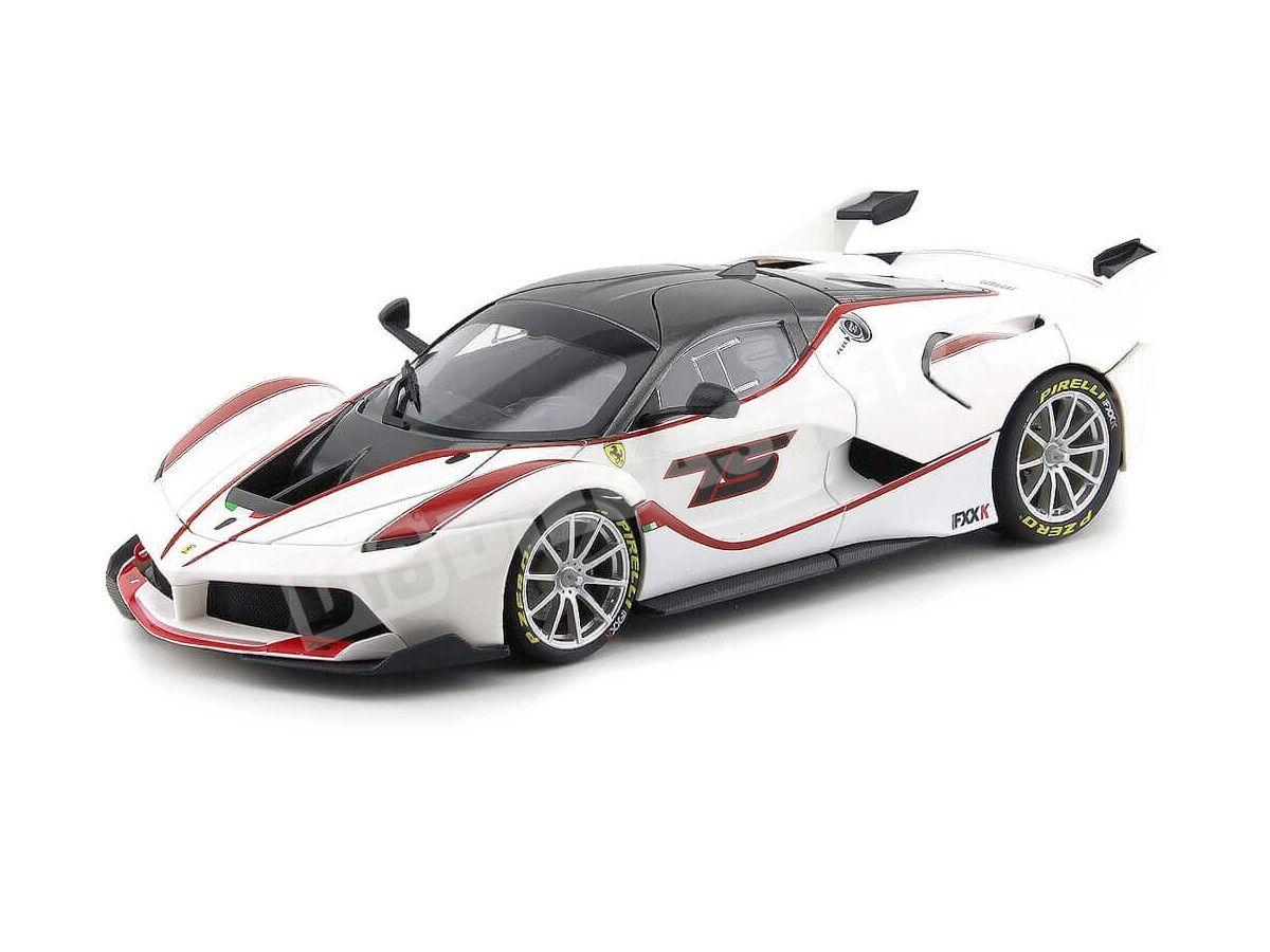 2015 Ferrari FXX-K 44 Blanco 1:18 Bburago Signature Series 16907 Cochesdemetal.es
