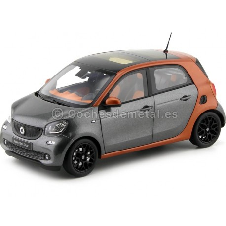 2015 Smart Forfour Coupe (W453) Orange/Grey 1:18 Dealer Edition B66960298