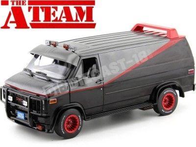 1983 GMC Vandura Cargo Van A-Team Equipo-A 1:18 Greenlight 13521 Cochesdemetal.es