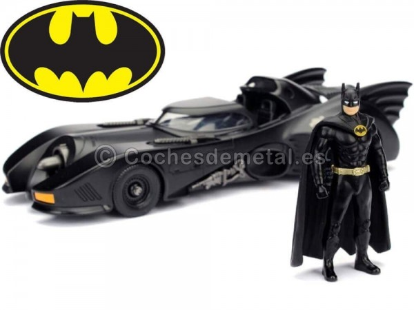 1989 Batmobile Batman Returns con Figura de Batman 1:24 Jada Toys 98260 Cochesdemetal.es