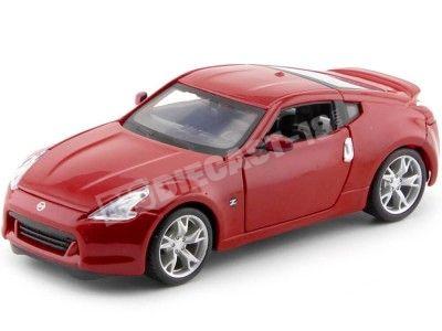 2009 Nissan 370Z Coupe Rojo 1:24 Maisto 31200