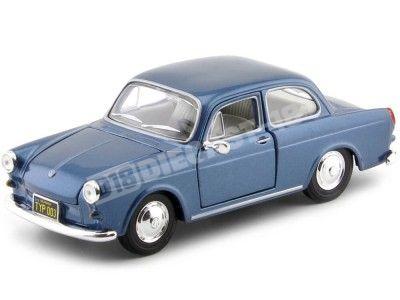 1967 Volkswagen 1600 Notchback Coupe Azul Metalizado 1:24 Maisto 31265 Cochesdemetal.es