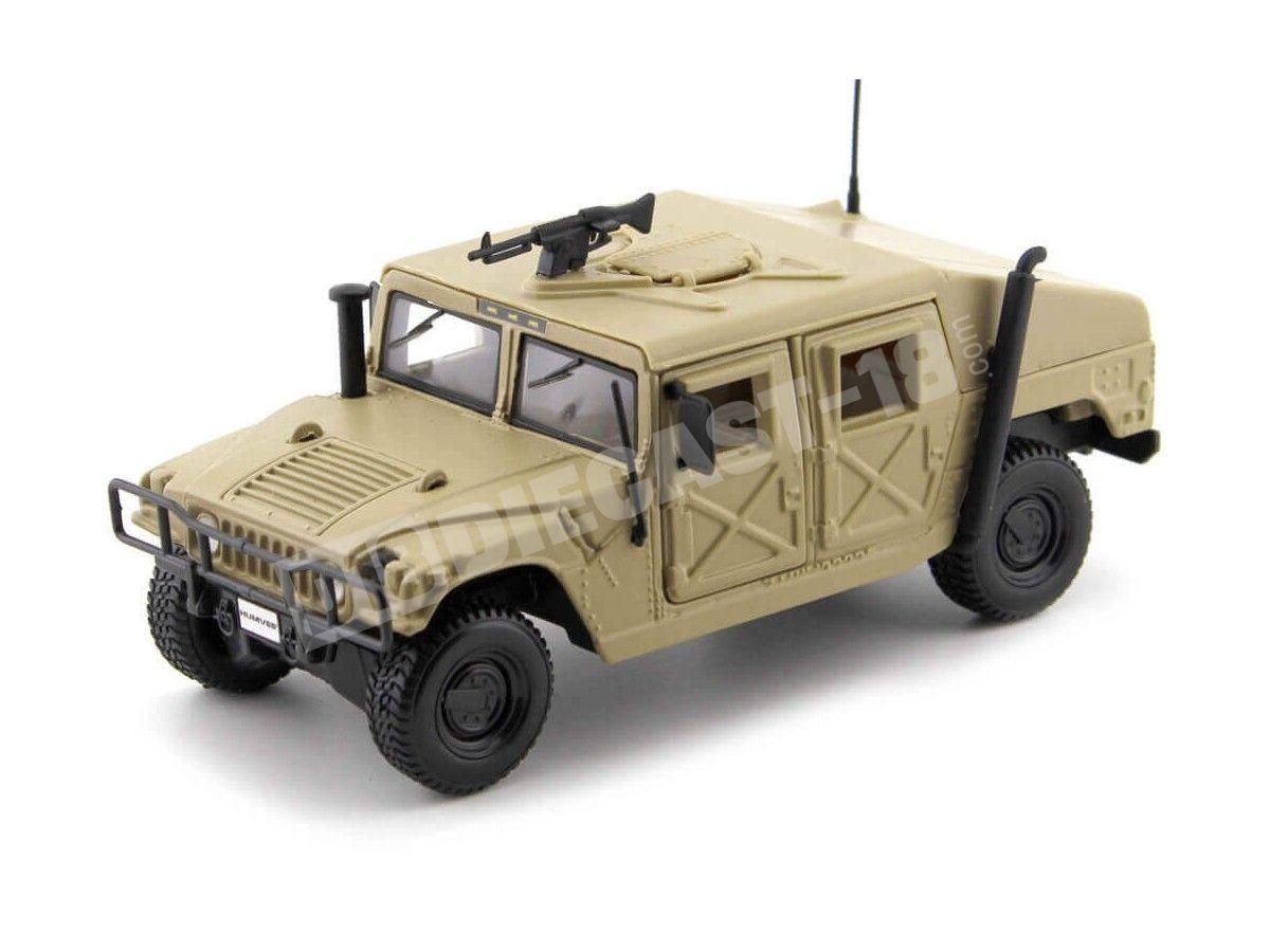 1984 Hummer Humvee Militar Arena del Desierto 1:27 Maisto 31974 Cochesdemetal.es