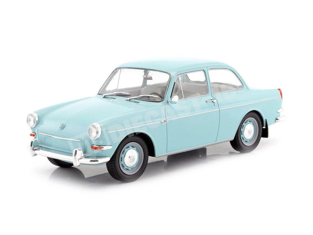 1963 Volkswagen 1500 S (Type 3) Azul Claro 1:18 MC Group 18091 Cochesdemetal.es
