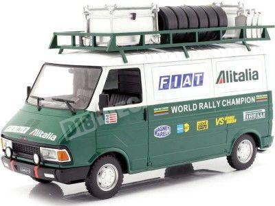 1979 Fiat 242 con Remolque Equipo de Rally Alitalia 1:18 IXO Models 18RMC027WX