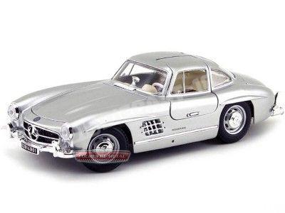 """1954 Mercedes-Benz 300 SL (W198) """"Alas de Gaviota"""" Gris 1:18 Bburago 12047 Cochesdemetal.es"""