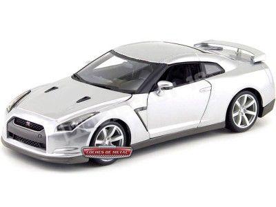 2009 Nissan GT-R R35 Gris Metalizado 1:18 Bburago 12079 Cochesdemetal.es