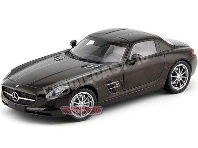 2010 Mercedes-Benz SLS AMG Gullwing Brown 1:18 Minichamps 100039028 Cochesdemetal.es