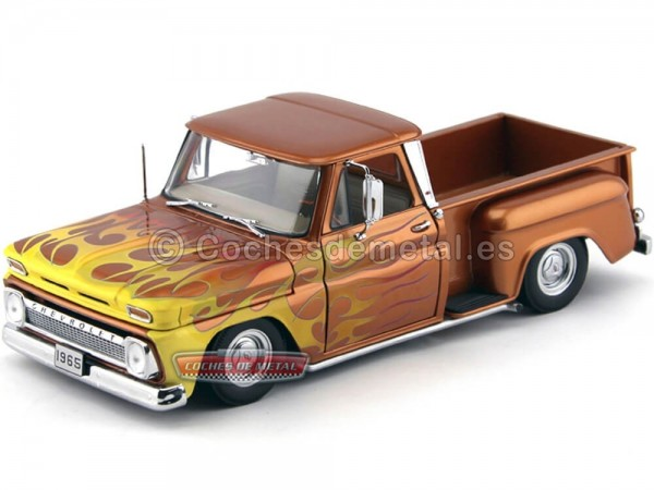 1965 Chevrolet C-10 Stepside Pickup Lowrider Metallic Orange 1:18 Sun Star 1392 Cochesdemetal.es