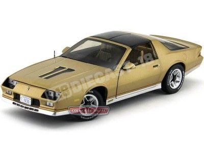 1982 Chevrolet Camaro Z-28 Gold 1:18 Sun Star 1930 Cochesdemetal.es