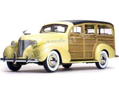 1939 Chevrolet Woody Station Wagon Cream/Wood 1:18 Sun Star 6170 Cochesdemetal.es