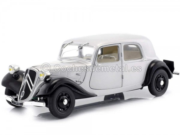 1937 Citroen Traction 11CV Berlina Silver 1:18 Solido S1800904 Cochesdemetal.es