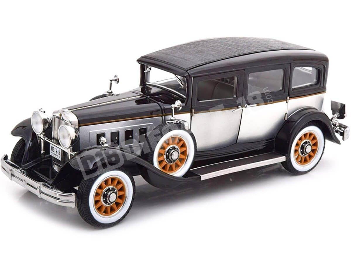 1931 Peerless Master 8 Sedan Black-Silver 1:18 Auto World AW252 Cochesdemetal.es