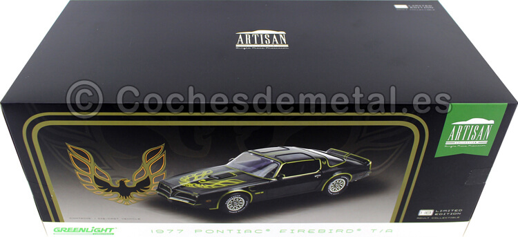 1977 Pontiac Firebird Trans AM Black/Gold Smokey and the Bandit look alike 1:18 Greenlight 19098