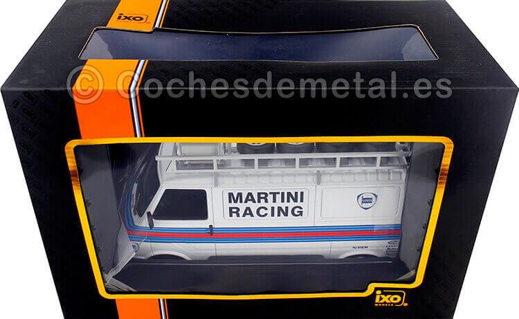 1980 Fiat 242 VAN Team Martini Rally Assistance con Accesorios 1:18 IXO Models 18RMC059XE