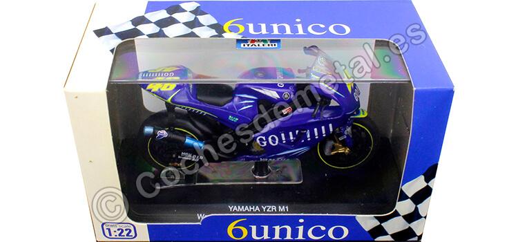 2004 Yamaha YZR M1 Nº46 Valentino Rossi Campeón del Mundo Moto GP 1:22 Italeri 45056