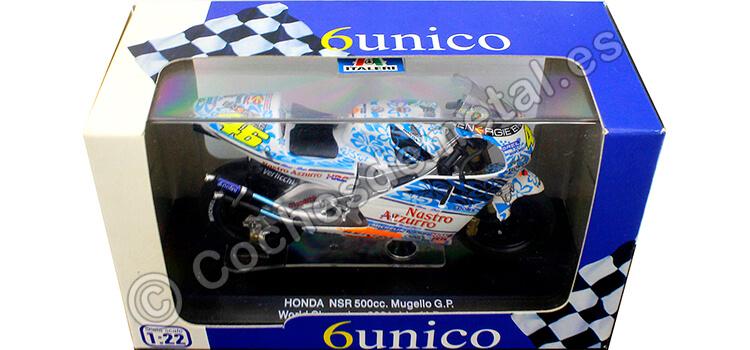 2001 Honda NSR 500 Nº46 Valentino Rossi Campeón del Mundo Moto GP 1:22 Italeri 45067