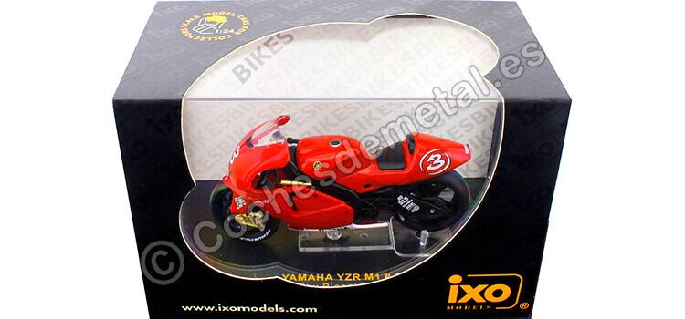 2002 Yamaha YZR M1 Moto GP Nº3 Max Biaggi 1:24 IXO Models RAB033