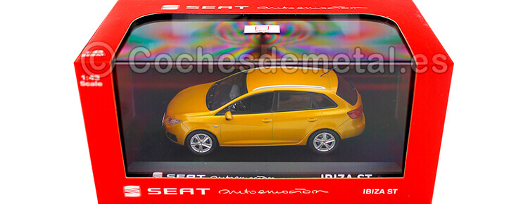 2014 Seat Ibiza ST Metallic Gold 1:43 Seat Autoemocion 03